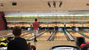 [Brief] Men's bowling team defeats St. Thomas Aquinas