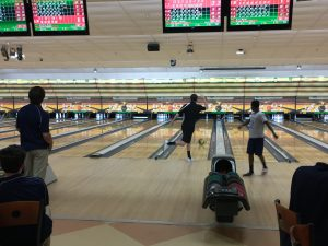 [Brief] Men's bowling team beats Piney Grove