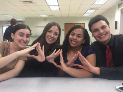 Students dive into DECA