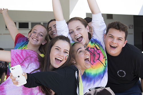 [Photo Gallery] Students participate in Wacky Wednesday lunch activities