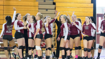 [Brief] JV girls volleyball team beats Northeast High at home