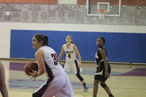 Women's JV basketball team defeats Monarch High School