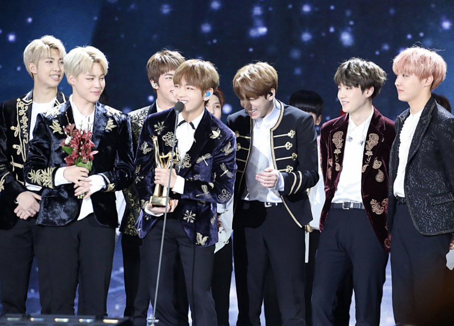 BTS accept their award at the 31st Golden Disk Awards. Courtesy of Wikimedia Commons