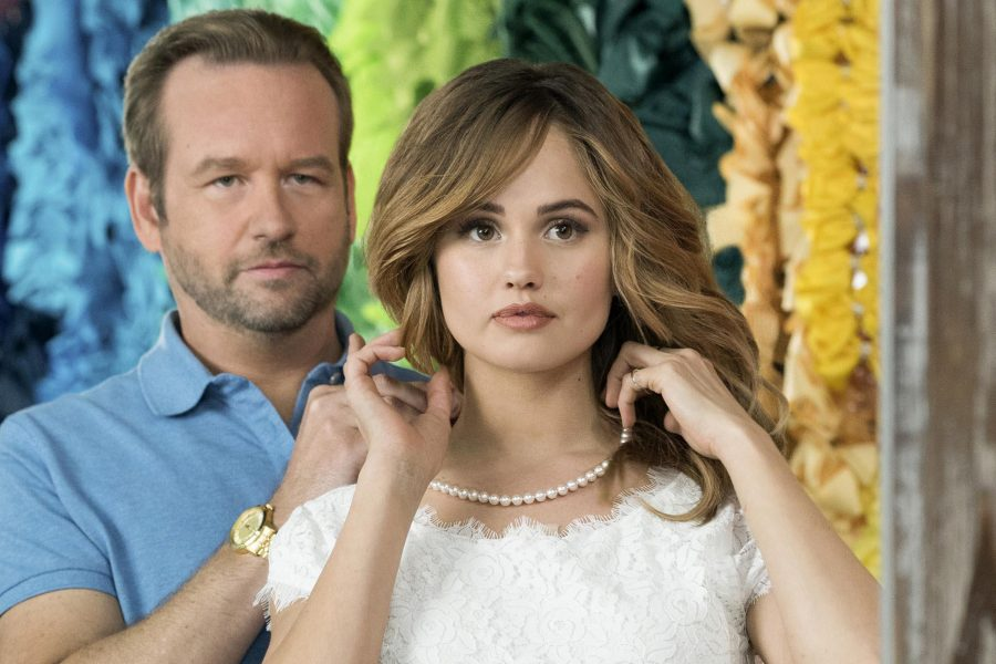 """Dallas Roberts and Debby Ryan in """"Insatiable."""" (Annette Brown/Netflix)"""