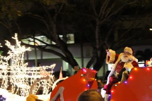 Coral Springs Holiday Parade 'expresses' holiday cheer
