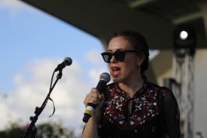 Actress Alyssa Milano speaks about the importance of voting at the Actions for Change event in Parkland, Florida on Sept. 30. Photo by Nyan Clarke