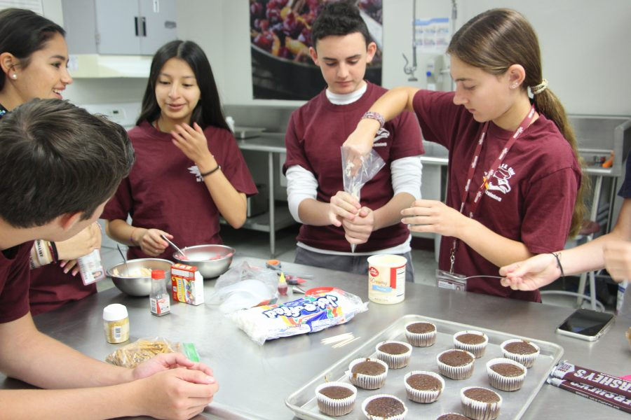 Culinary 1 students compete in their own version of