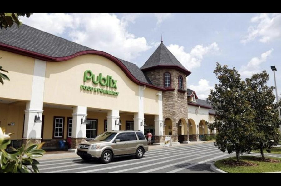 Publix+is+among+the+corporations+banning+open+carry.+Photo+courtesy+of+News-Journal%2FTNS