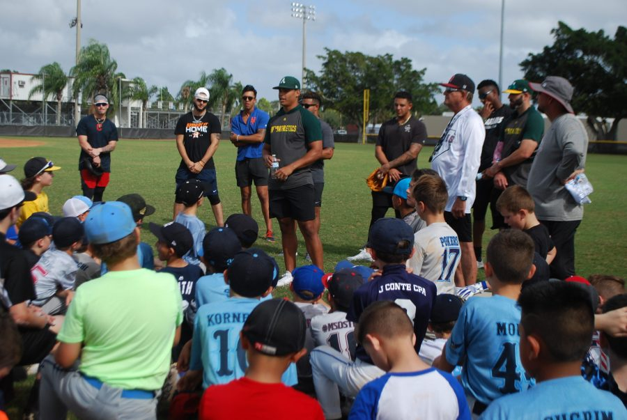 Colton+Welker+and+Jes%C3%BAs+Luzardo+hosts+the+first+annual+Parkland+Youth+baseball+clinic