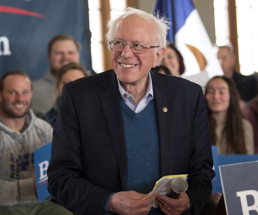 U.S.+Senator+and+Democratic+presidential+candidate+Bernie+Sanders+holds+a+town+hall+in+Perry%2C+Iowa%2C+on+January+26%2C+2020.+%28Brian+Cahn%2FZuma+Press%2FTNS%29