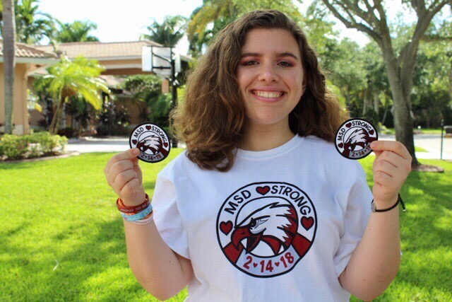 Sophomore Rachel Padnis shows off her MSD Strong patches. Photo by Zoe Gordon