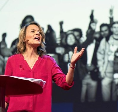 MSD AP World History teacher Diane Wolk-Rogers delivers a lesson to Ted Talk. Photo courtesy of Ted Talk