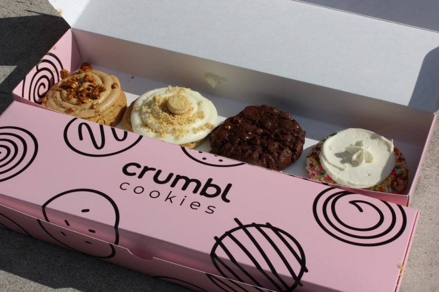 Delicious Desserts! Crumbl releases its new weekly flavors which included Original ft.Golden OREO Cookie Pieces, Funfetti Milkshake,  Peanut Butter Brittle and Brownie Batter.  Crumbl changes their four flavors weekly and keeps two consistent flavors of Milk Chocolate Chip and Classic Sugar.
